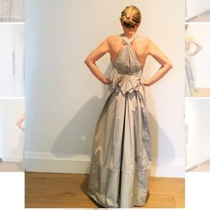 Max Azria Dresses - GORGEOUS dress - perfect for a wedding or gala